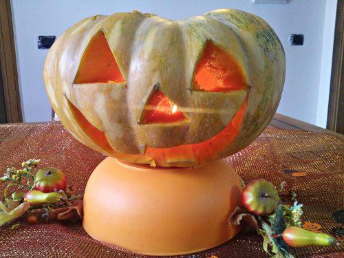 Zucca intagliata di Halloween video Tutorial facile e divertente