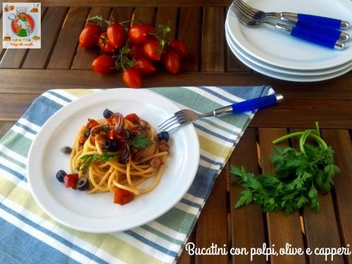 Bucatini con polpi, olive e capperi