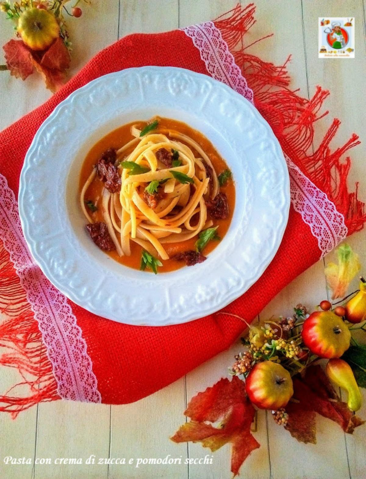 pasta con crema di zucca e pomodori secchi v1