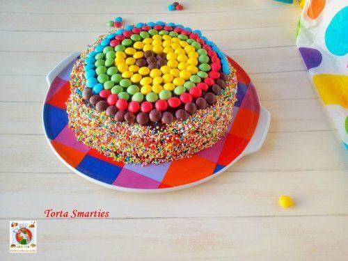 Torta Smarties ricetta golosa