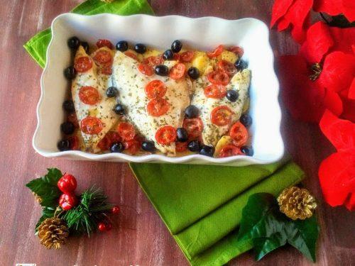 Filetti di orata al forno con patate e olive