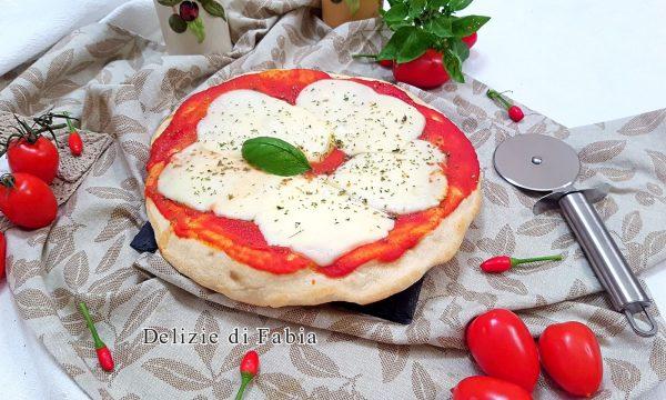 Pizza doppia cotta in padella
