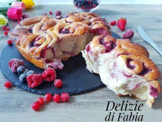 torta di rose a cuore