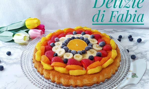 Crostata morbida con crema al succo di limone e frutta fresca