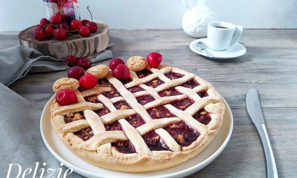Crostata con ciliegie e amaretti- FROLLA ALLA PANNA