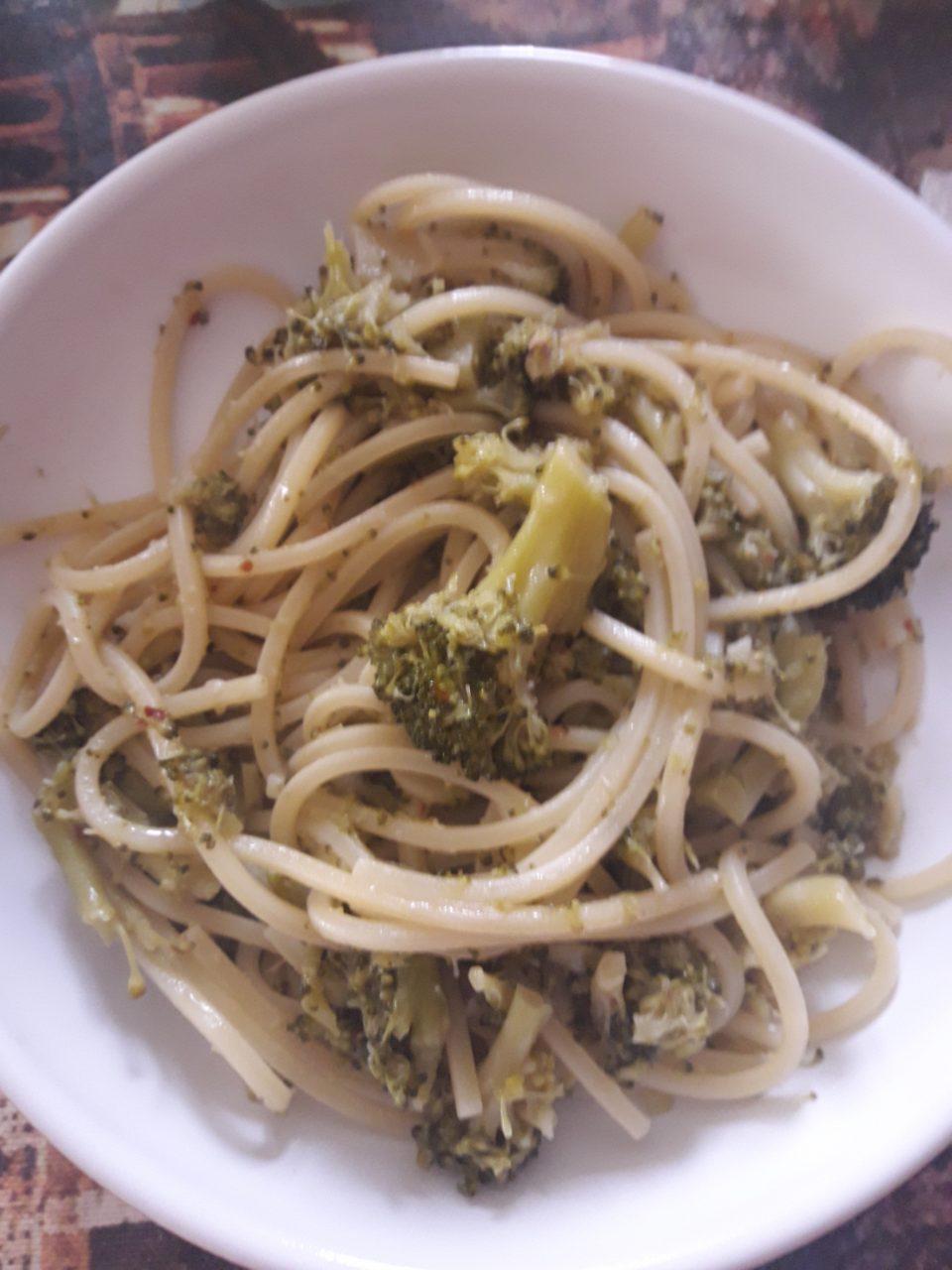Spaghetti alla chitarra con broccoli