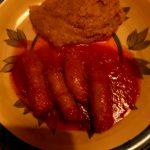Salsiccia in umido con cipolle
