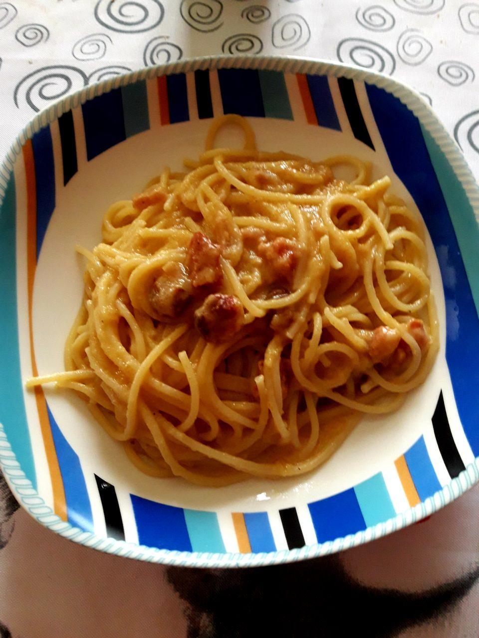 Spaghetti all'amatriciana dorata