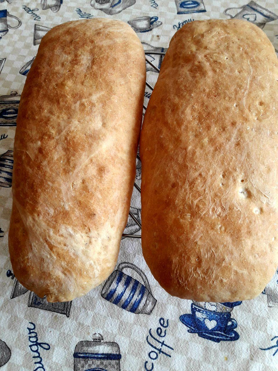 Pane senza sale (sciapo)