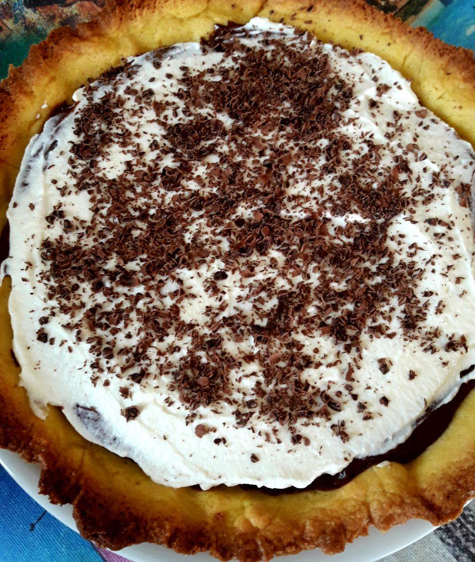 Crostata alla mousse di cioccolato e panna