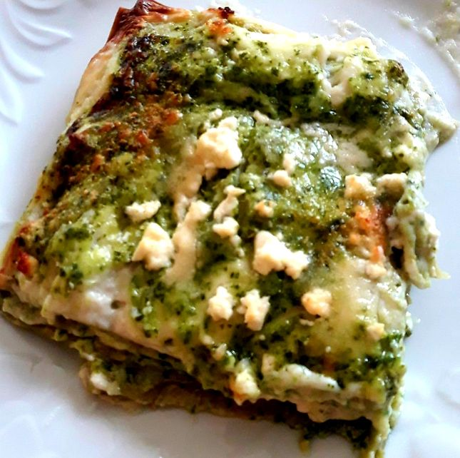 Lasagne verdi con pesto di rucola e feta