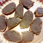 Crostini con patè di fegato