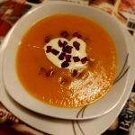 Crema di carote con pancetta croccante