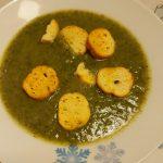 Crema di zucchine, bietole e piselli