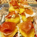 Frittelle alla robiola con crescenza e prosciutto crudo