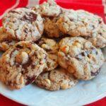 Cookies con cioccolato e nocciole