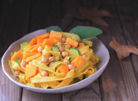Tagliatelle con zucca rossa e ceci – ricetta con verdure