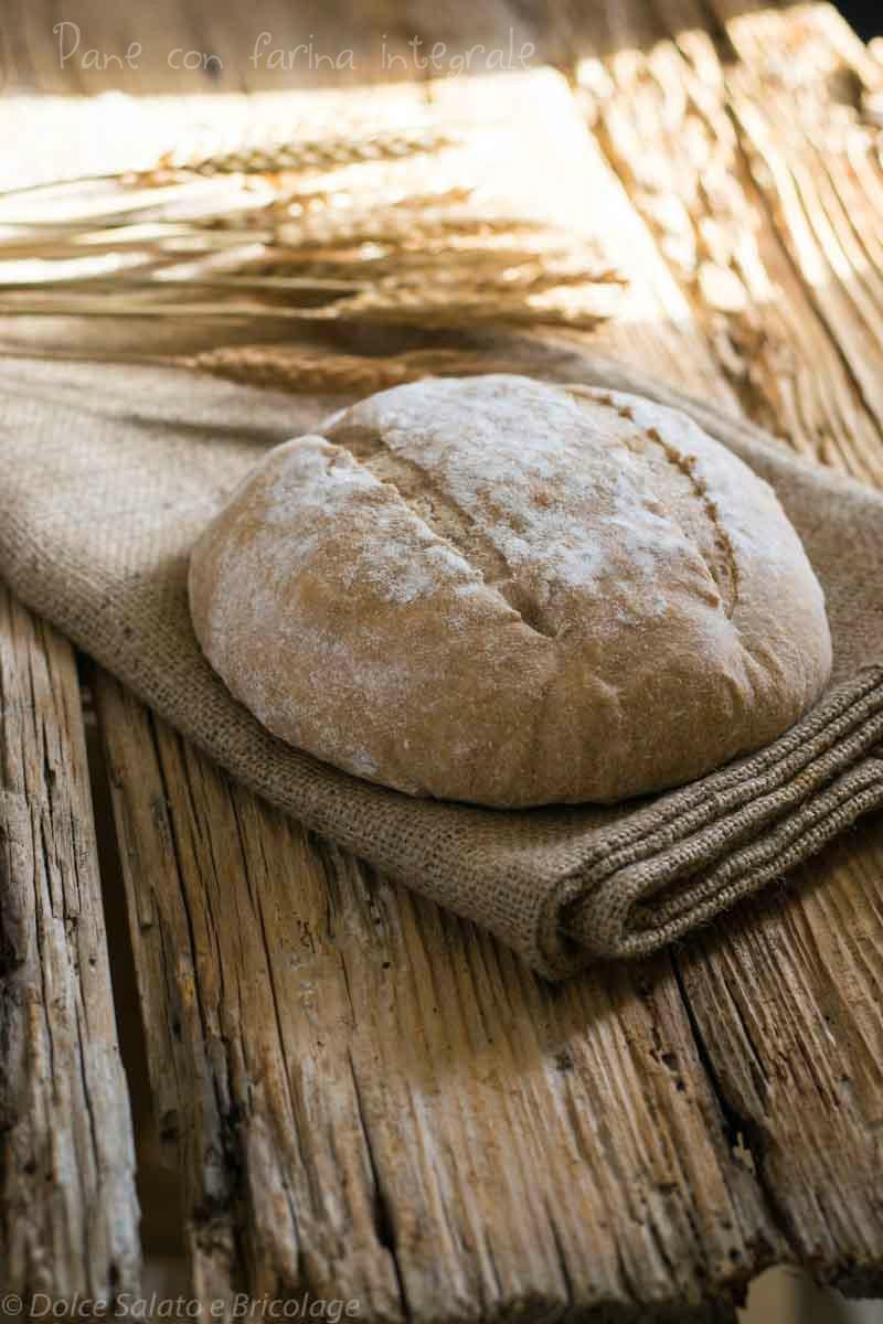 pane con farina integrale di grano tenero