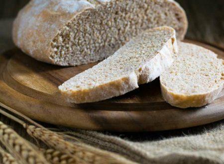 Pane con farina integrale di grano tenero macinata a pietra