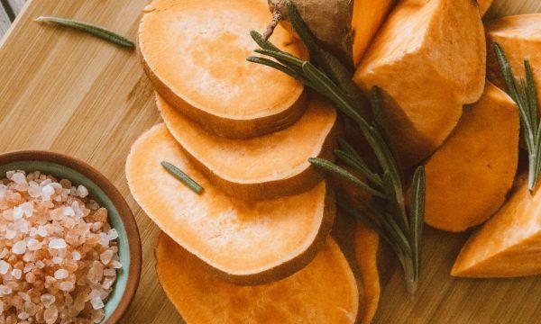 Risotto con zucca, salsiccia e rosmarino