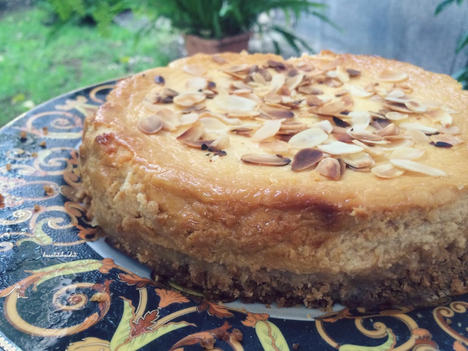 Cheesecake miele e mandorle
