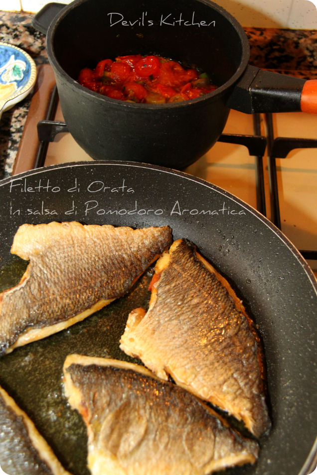 Filetto di Orata in salsa di Pomodoro Aromatica 01