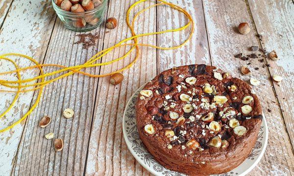 Torta light con nocciole – ricetta senza zucchero