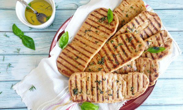 Pane naan con farina integrale