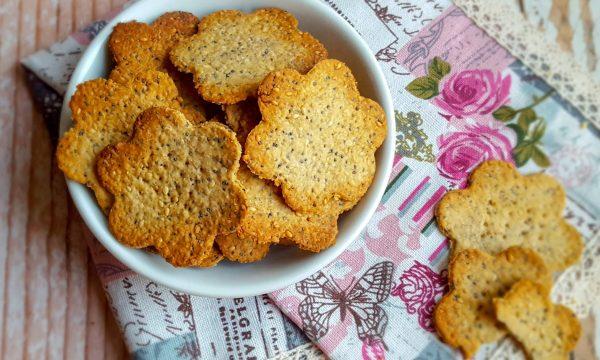 Crackers senza lievito con mix di semi
