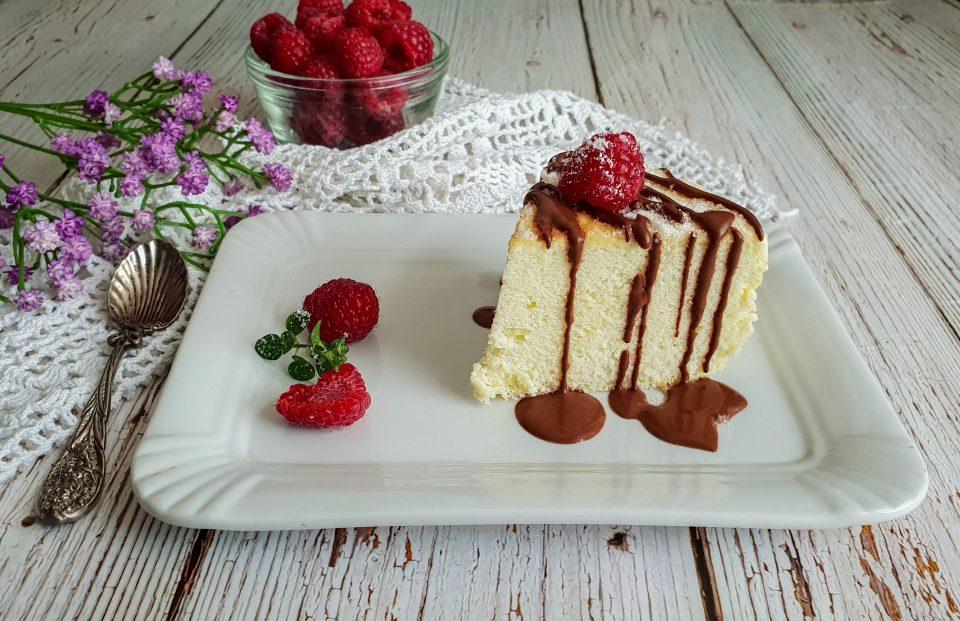 Cotton cake light