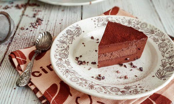 Torta al cioccolato con 5 ingredienti: ricetta light