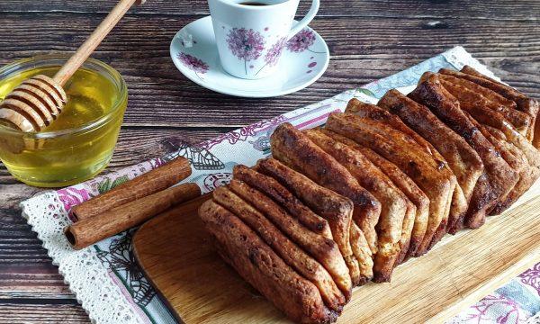 Pane con farina integrale e cannella
