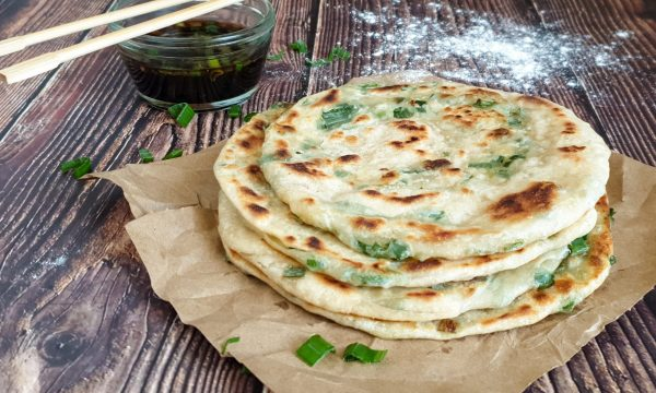 Frittelle cinesi al cipollotto: ricetta veloce