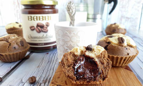 Muffin bicolore con crema al caffè