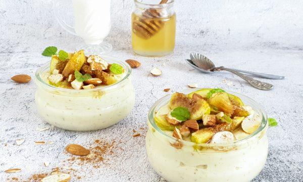 Crema leggera con fichi, yogurt greco e miele