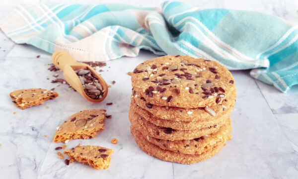 Cracker salati fatti in casa senza farina