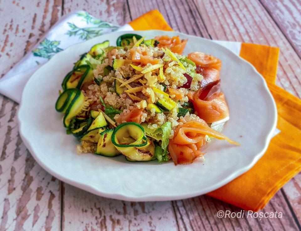 Ricetta insalata quinoa e salmone