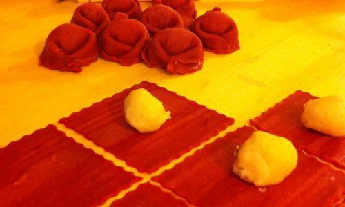 Tortelloni rossi di Natale…………. al taleggio