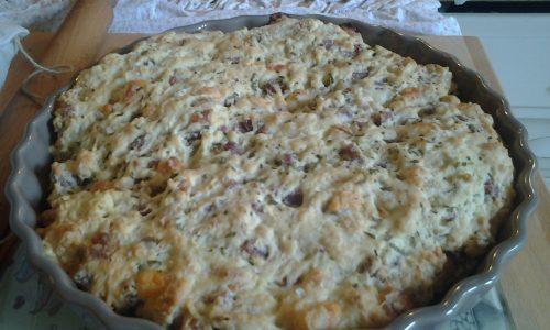 Focaccia istantanea al forno con salame formaggio e rosmarino
