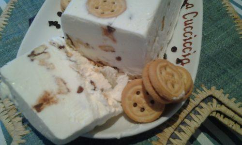 Semifreddo croccante alla ricotta e biscottino