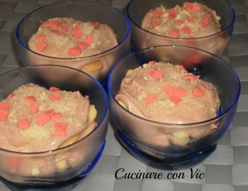 Coppette savoiardi e crema alla nutella