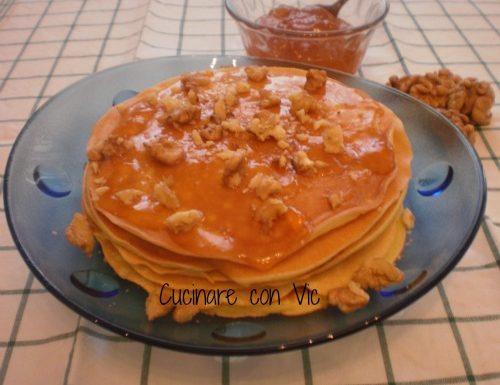 Pancakes alla ricotta con confettura e noci