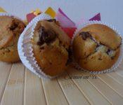 Muffins con prugne e cioccolato