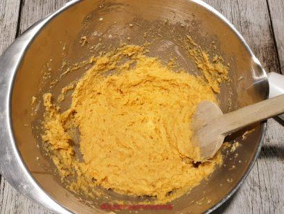 impasto per la torta di carote senza burro e olio
