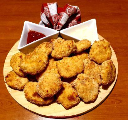 I nuggets di pollo al forno sono pronti