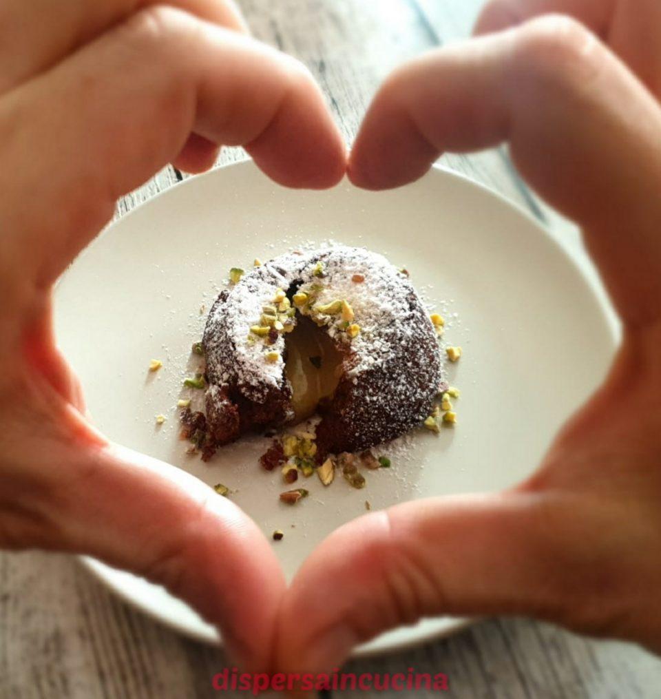 Tortino al cioccolato con cuore caldo al pistacchio