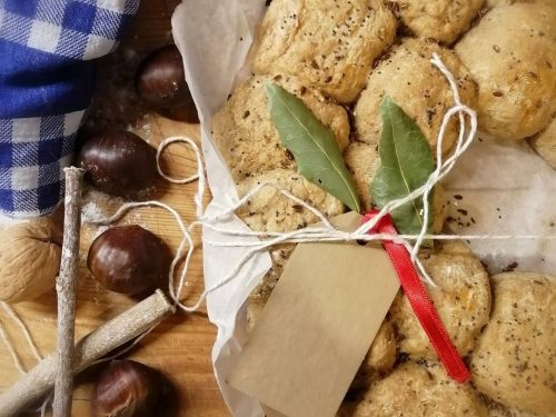 Ghirlanda di pane ai cereali e semi