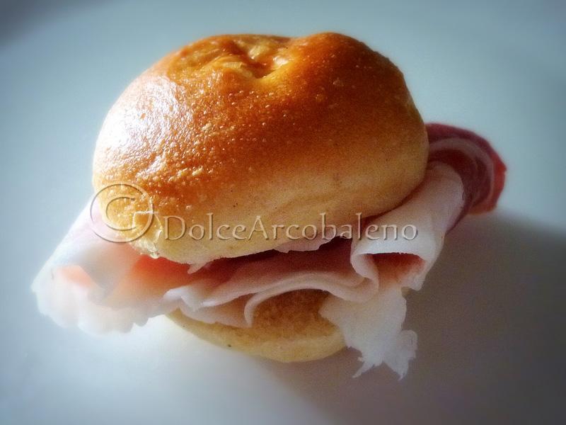 Il pranzo in un panino idee e calorie dolcearcobaleno for Calorie da assumere a pranzo
