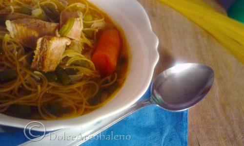 Zuppa di spaghetti, ricetta gustosa.