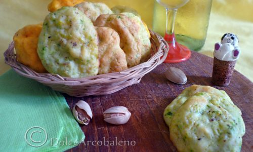 Biscotti salati alle zucchine